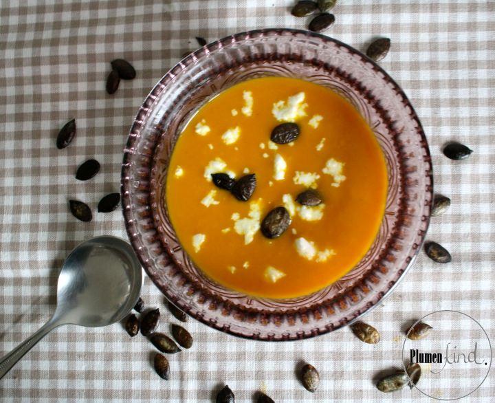 {Tischlein deck dich} Kürbis-Pastinaken-Suppe mitSchafskäse