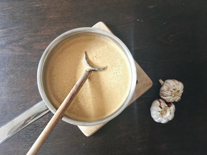 {Rezept} Pinien-Ricotta-Sauce mitSchnittlauch